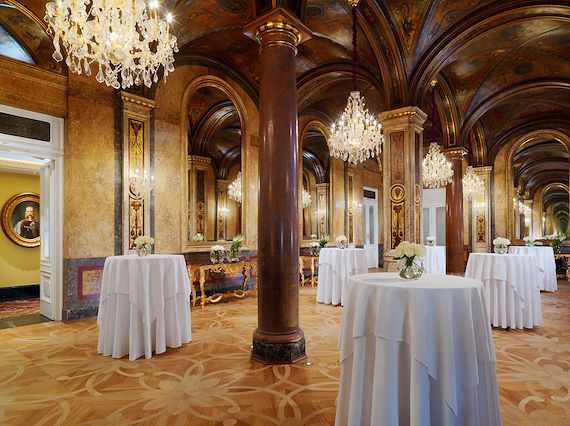HalleNsalon - Hotel Imperial Wien